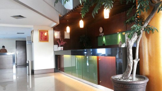 Aston Tanjung Pinang Hotel and Conference Center: Front office