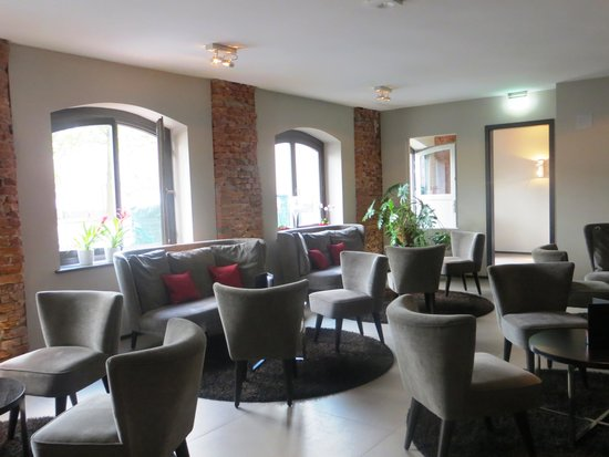Hotel Volksschule : área interna