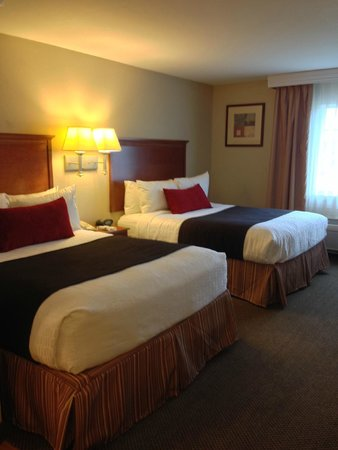 Best Western Plus Wausau-Rothschild Hotel : Two Queen Studio Suite