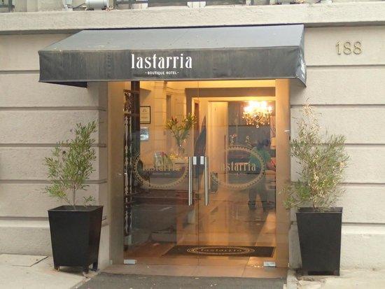Lastarria Boutique Hotel: FACHADA