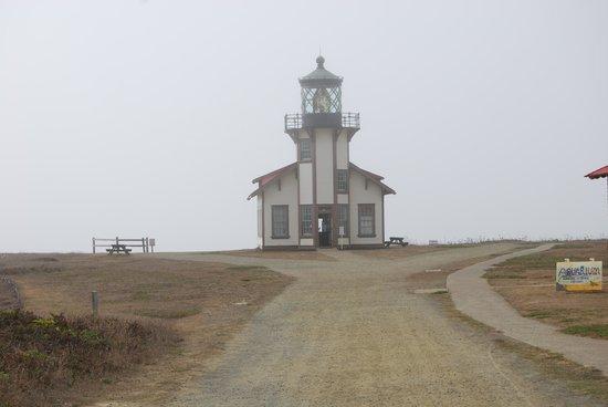 North Cliff Hotel: Cabrillo Lighthouse
