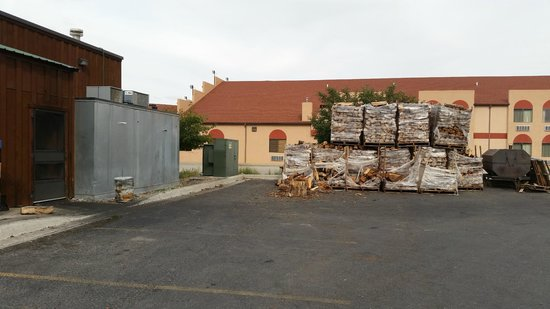 Bubba's Bar-B-Que: Wood stacked up in the back of Bubba's Bar B Que