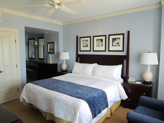 Myrtle Beach Marriott Resort & Spa at Grande Dunes: Master Bedroom
