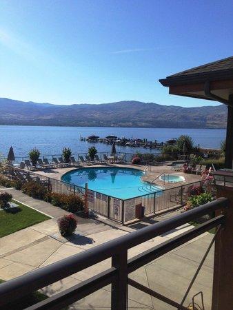 Casa Loma Lakeshore Resort: Pool