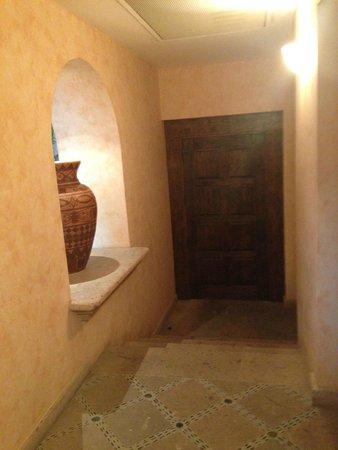 Villa La Estancia: front door