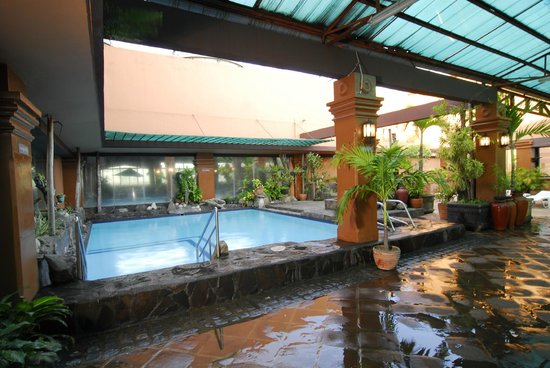 Swimming Pool Picture Of Bayview Park Hotel Manila Manila