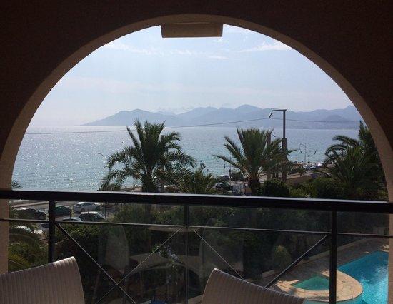 Pierre & Vacances Résidence Cannes Verrerie : Balcony view