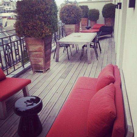 Hotel Marignan Champs-Elysées : Our Terrace
