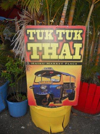 Tuk Tuk Thai Cafe : entrance