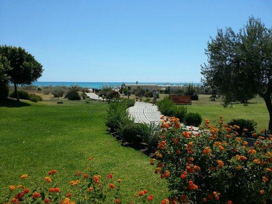 Eden Village Premium Sikania Resort & SPA : Foto verso la spiaggia