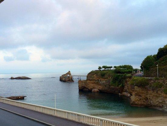 Chambre avec vue sur la plage avec une fen tre miniature - Hotel de la plage biarritz 3 esplanade du port vieux ...