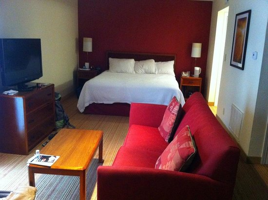 Residence Inn Atlanta Buckhead: Nice room with amaziiing bed
