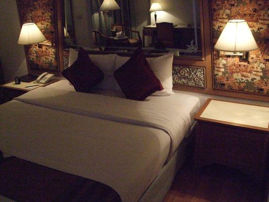 Montien Hotel Bangkok: 部屋