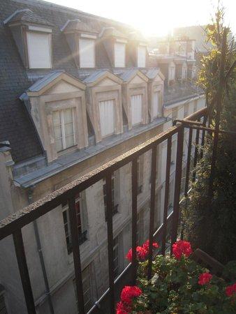 Hotel du Lys: Utsikt från vår balkong