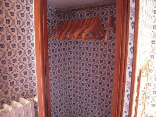 Hotel du Lys: Garderob