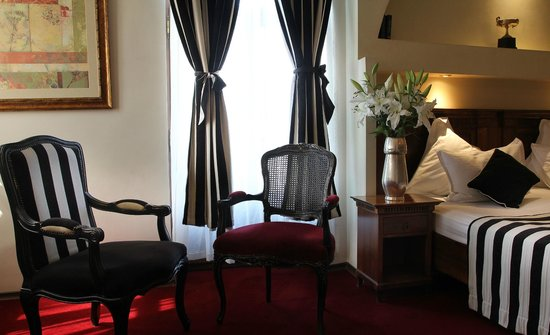 โรงแรมเรสซิเดนซ์โดเมนนี่พลาซ่า