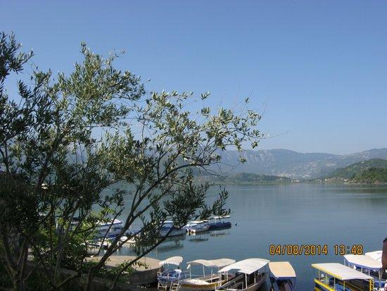 Lake Skadar : Skadar