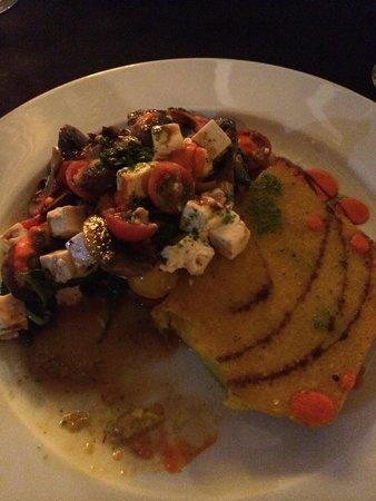 Castelo do Mar Bar, Restaurante: Lovely Polenta with Mushrooms, Feta & Spinach