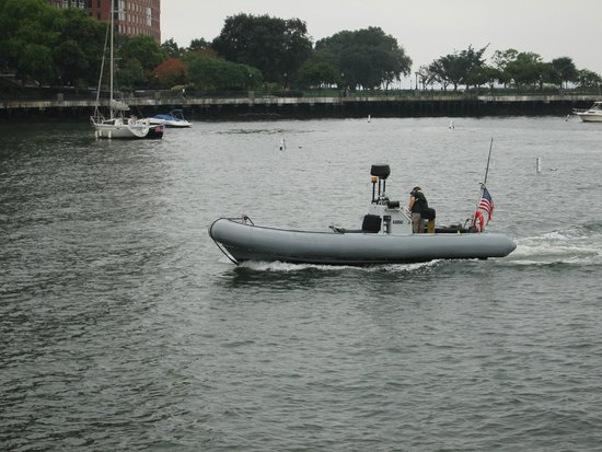 New York Media Boat / Adventure Sightseeing Tours: Aye Aye Captain!