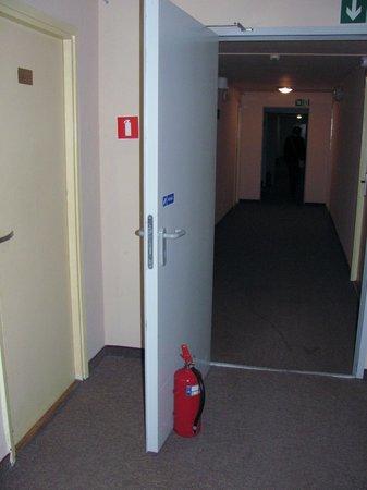 Hotel Polonia: Hol hotelowy