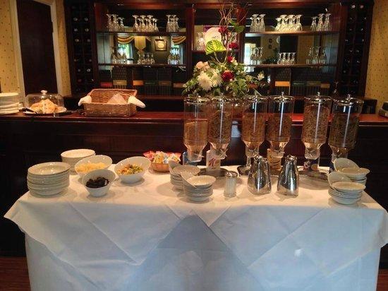 The Devon Hotel: Breakfast Selection