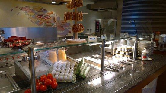 PLAYMOBIL-Aparthotel: Breakfast Buffet