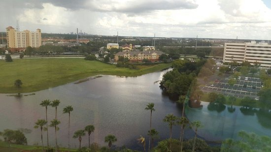 Doubletree By Hilton at the Entrance to Universal Orlando : Vista do meu quarto