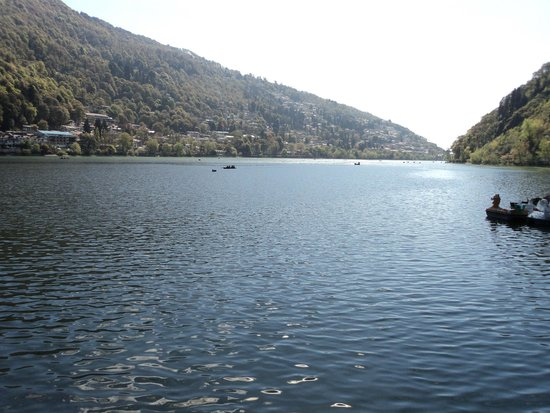 nainital of hill station eassay Here he recounts his trip to nainital with his family nainital is a beautiful hill  station in himalayas my father is very fond of nainital this year we went just  after.