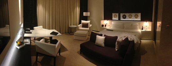 Le Meridien Dubai Hotel & Conference Centre : the dry nice room.