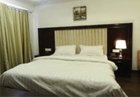 Dev Aadi Hotel