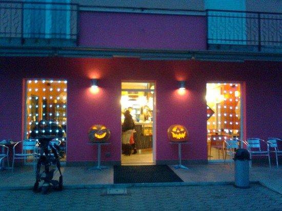 Bollicine Bar-Cafe