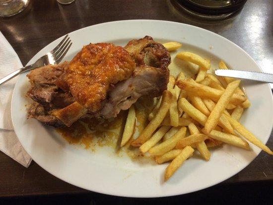 Schweine Janes: Joelho de porco com fritas!!