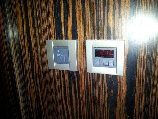 Bonnington Jumeirah Lakes Towers: Master aria condizionata