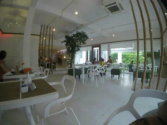 White Mansion's Cafe/Bakery