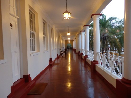 The Victoria Falls Hotel: View of the stable wing