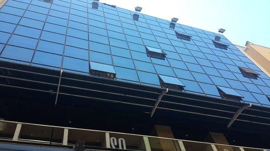 Empire Studios: Hotel Facade