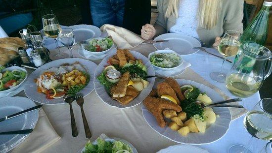 Hotel Dunav : Fish Plate