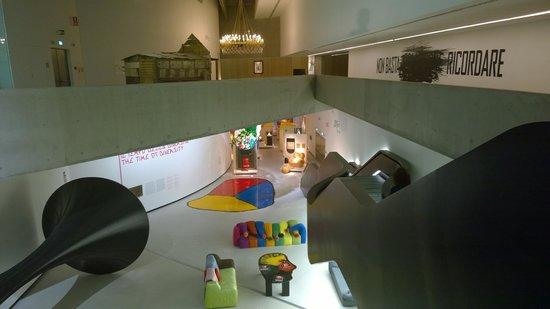MAXXI - Museo Nazionale Delle Arti del XXI Secolo: Interior of the MAXXI space