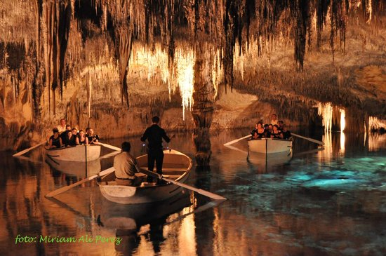 Tripadvisor Official Site >> Imperial College Chamber Choir concert, 09-09-2014 - Picture of Caves of Drach, Porto Cristo ...
