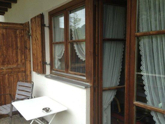 Pfrontener Hof: Finestre balcone
