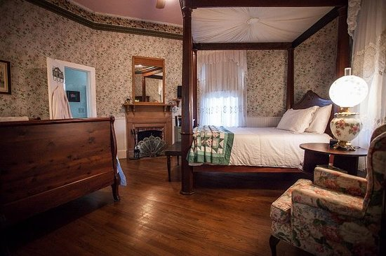 T'Frere's Bed & Breakfast: Mary Room