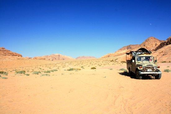 Jordan Nomads: The Jeep