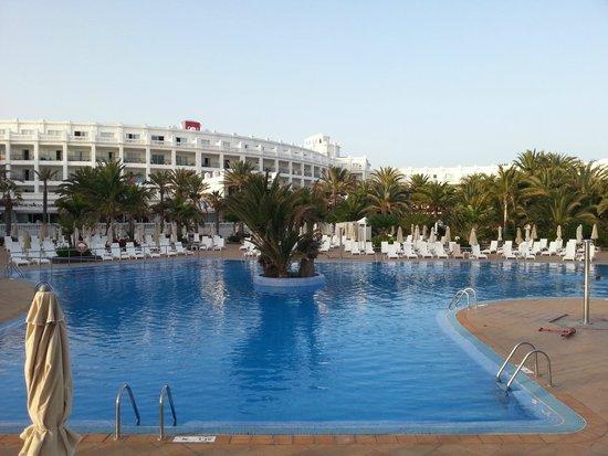 Hotel Riu Palace Maspalomas : Bigger pool