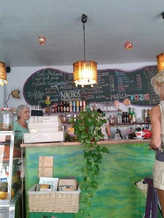 Maigot Cafe: Maigot bar