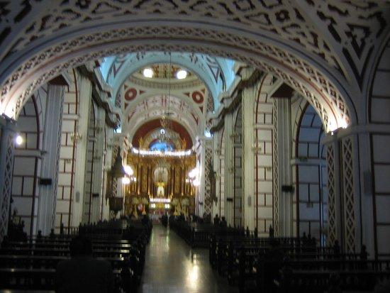 Iglesia y Convento de San Francisco: 内部