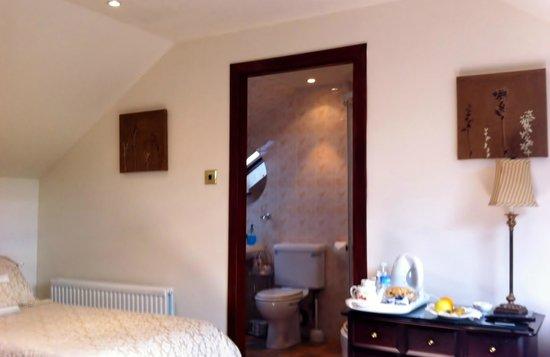 Invertiel Bed & Breakfast: Family Room en-suite