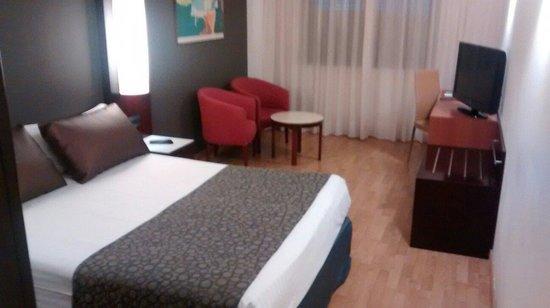 Hotel Catalonia Sabadell : Habitación 609