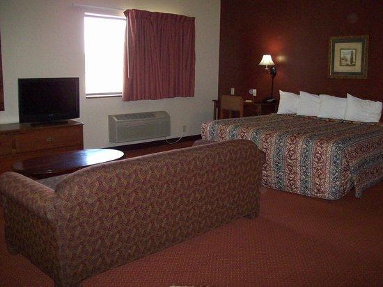 Super 8 Mason City: Suite