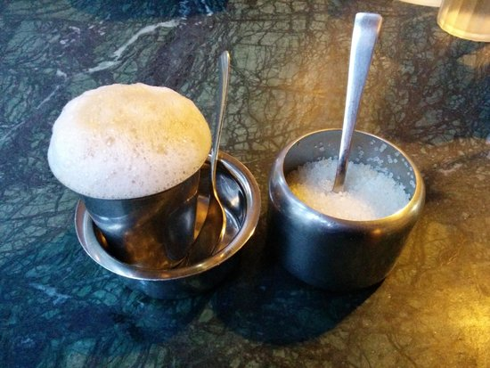 Carnatic Cafe: Delicious filter coffee... I had two!