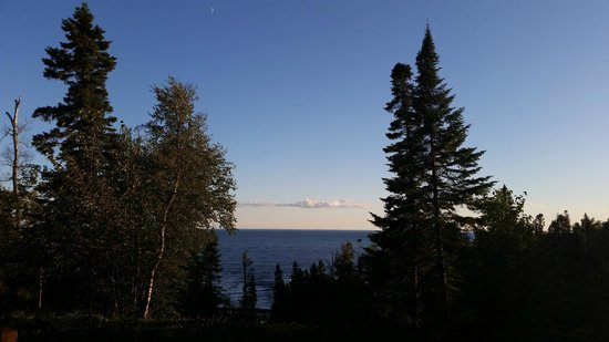 Lutsen Resort on Lake Superior: Sunny Morning View from our condo deck